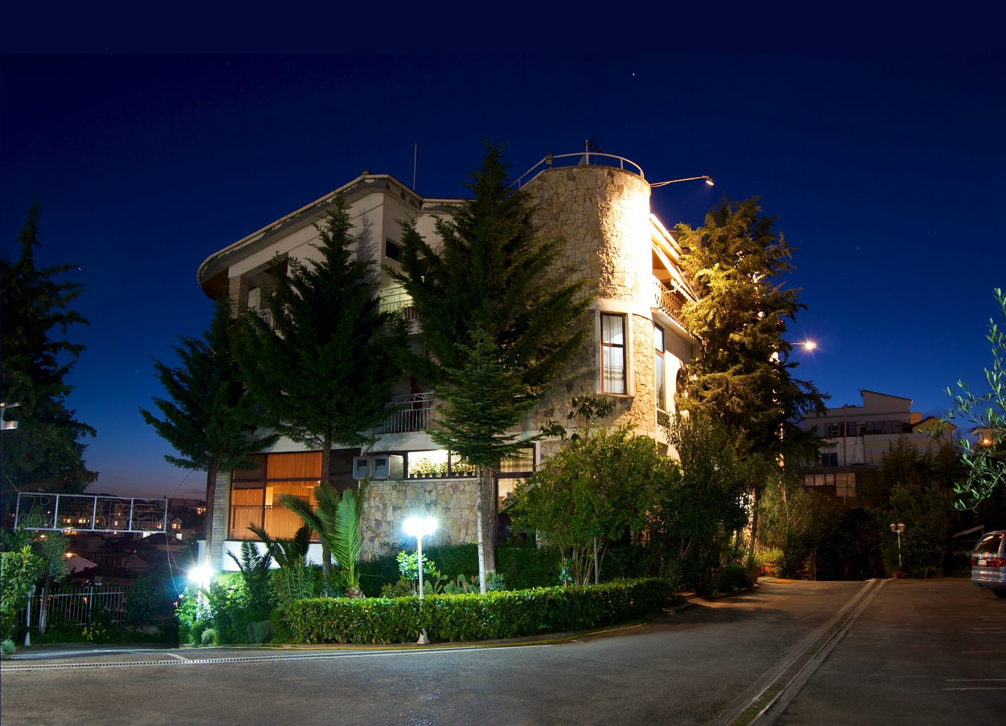 Rooms: HOTEL BARON TIRANA BUDGET LOW COST PRICE HOTEL COMFORTABLE